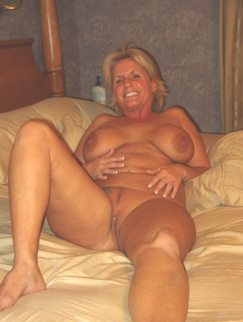 Nude photos of my wife